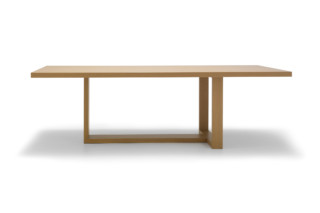 Tao table  by  Andreu World