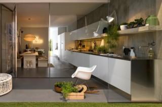 Gamma satin laminate kitchen  by  Arclinea