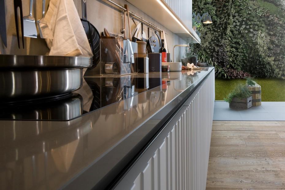 Gamma Vertical Staves Küche