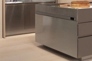 Table Pull Out  by  Arclinea