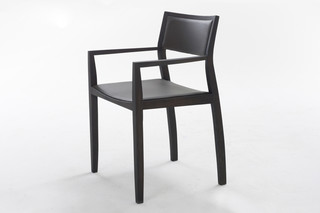 Curve2 with armrest  by  Arco