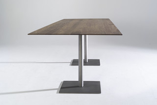 Lance pedestal  by  Arco