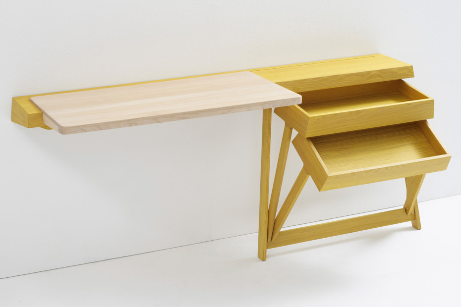 Pivot Desk