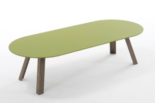 Tre coffee table  by  Arco