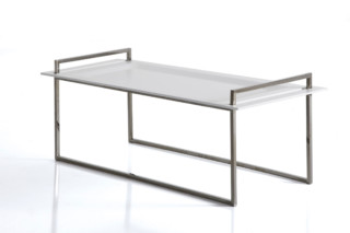 Kelly table  by  Arketipo