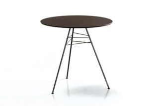 Leaf - Table H 74  by  Arper