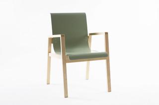 Hallway Chair 403  by  Artek