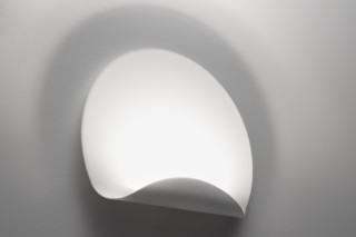 Dinarco  by  Artemide