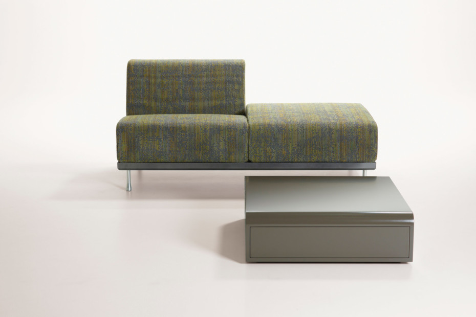 Reflex easy chair