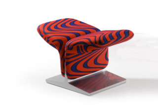 Ribbon footstool  by  Artifort