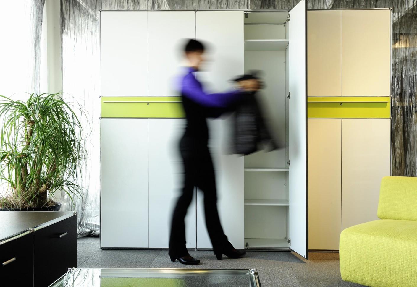 schrank von artmodul stylepark. Black Bedroom Furniture Sets. Home Design Ideas