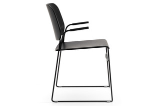 Lite chait with armrests  by  OFFECCT