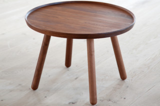 Pelican Table  von  onecollection
