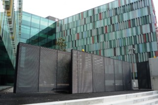 Cantilever Sliding Gate, Maciachini Centre, Milano  by  Auroport