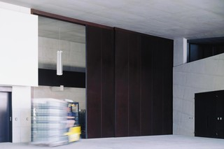 Telescope Sliding Door, Winery Manicor  by  Auroport