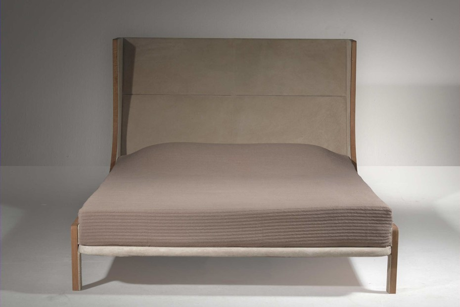 Bergere Bed