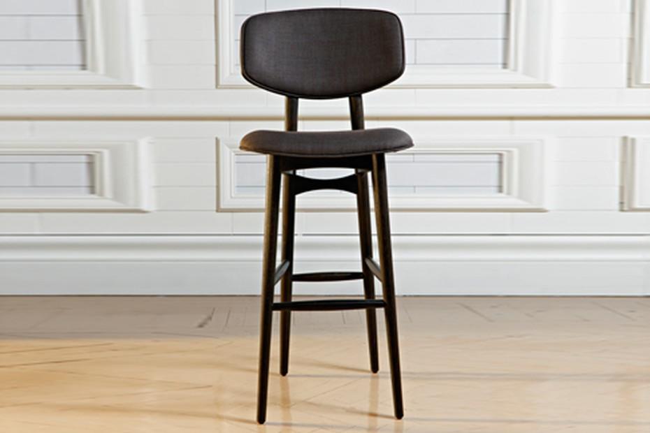 Butterfly bar stool