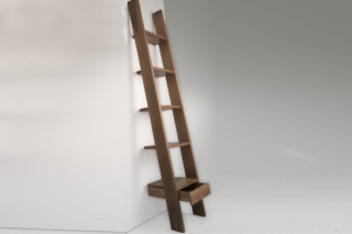Ladder Bookcase  von  Autoban