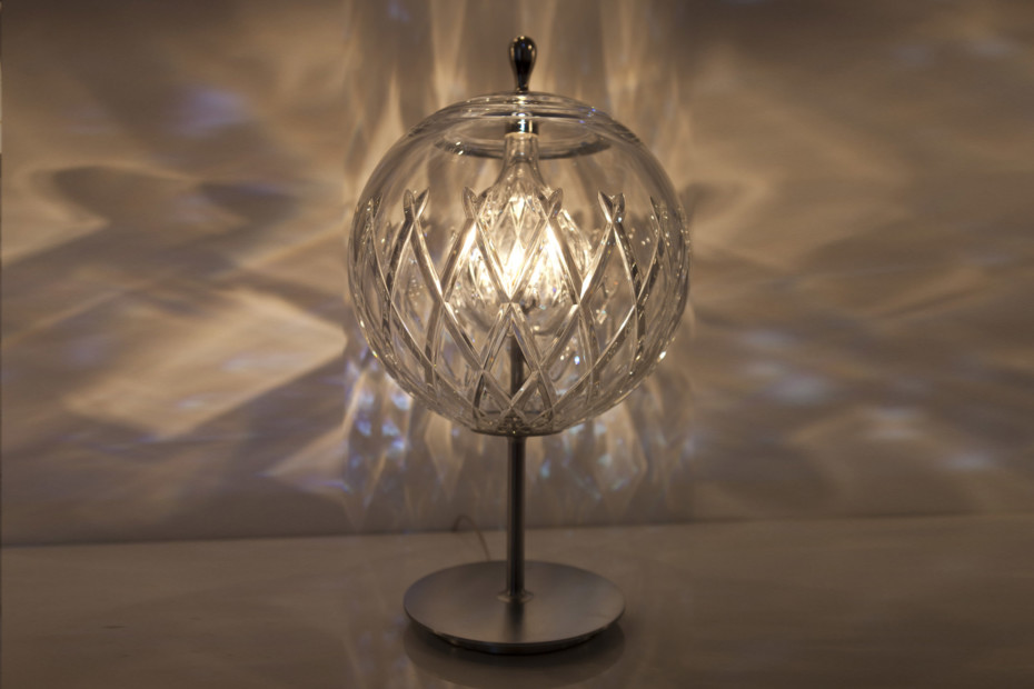 Sfera table lamp