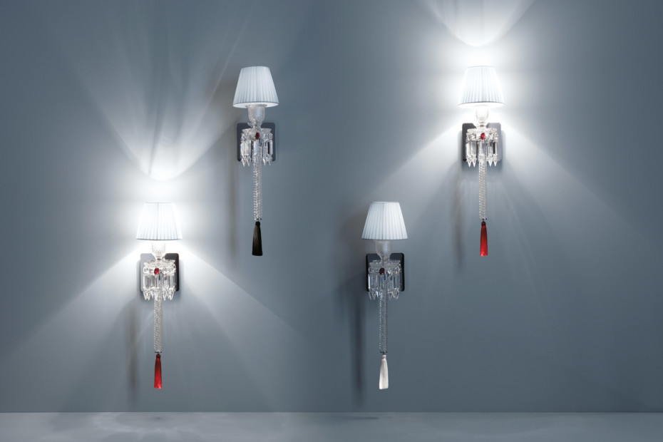 Torch wall lamp