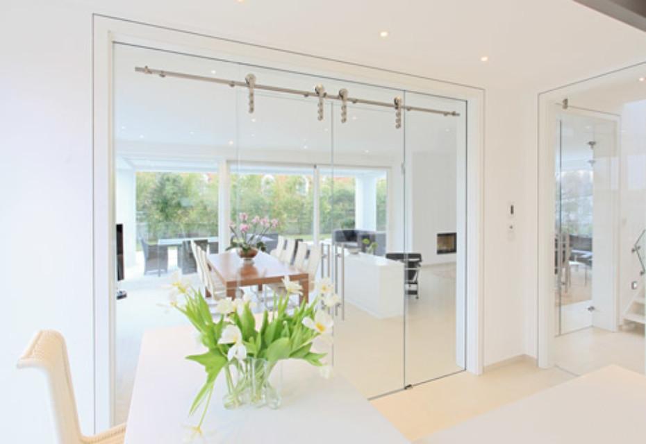 All-glas sliding door