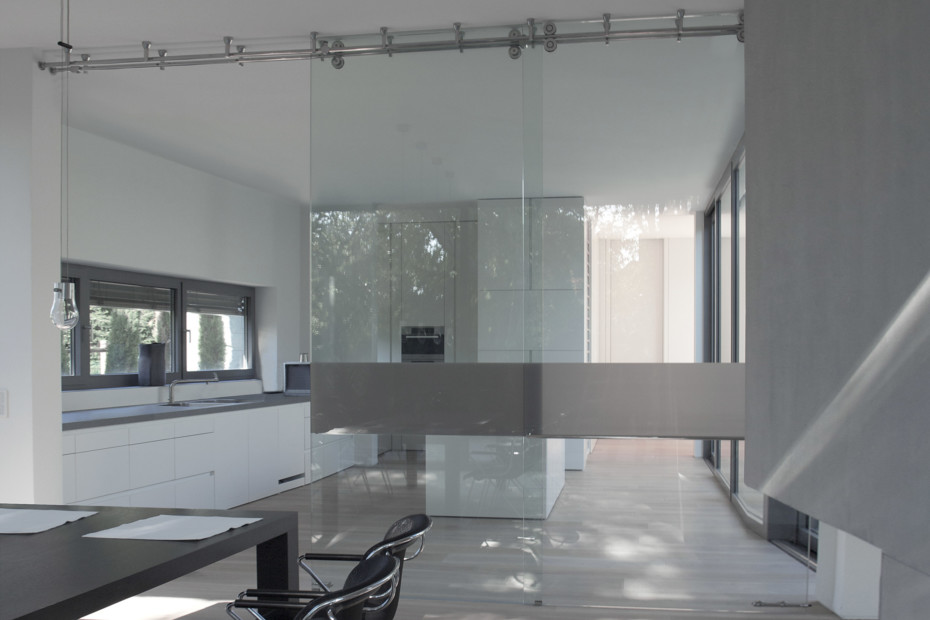 Door system whole glass