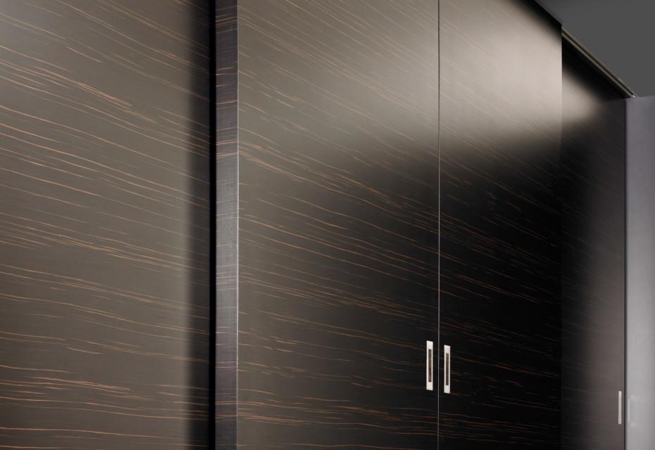 Four-parts sliding door element