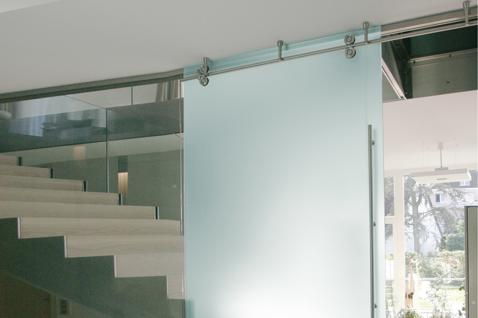 Room high sliding door with MWE system Twin