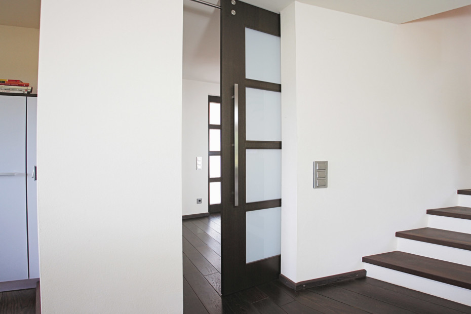 Sliding door with MWE system Twin