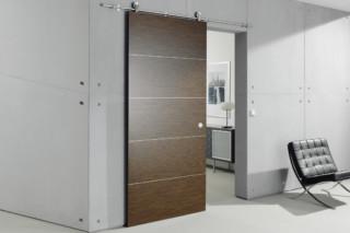 Holztür mit MWE Beschlag Supra  von  Bartels