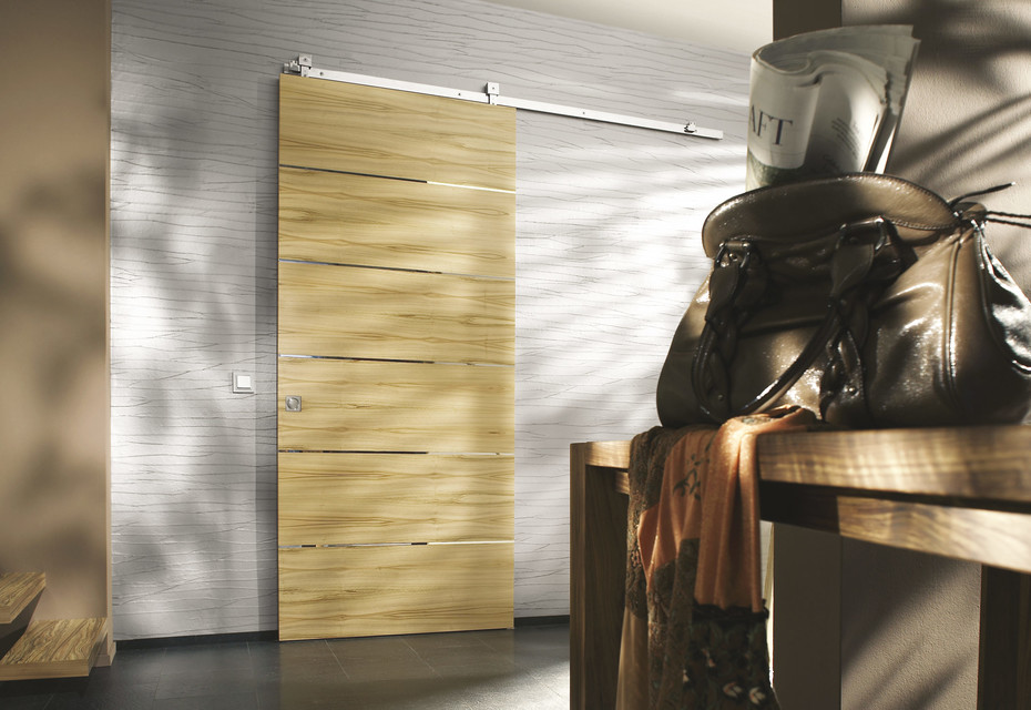 Holzschiebetür mit MWE Beschlag Akzent S