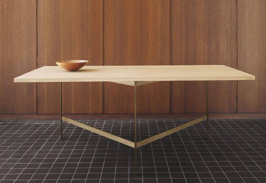 CB-331 Plank Tisch