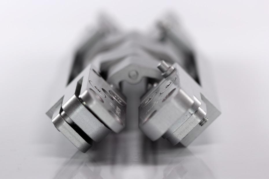 Pivota ® DX 300 3-D CP Safe