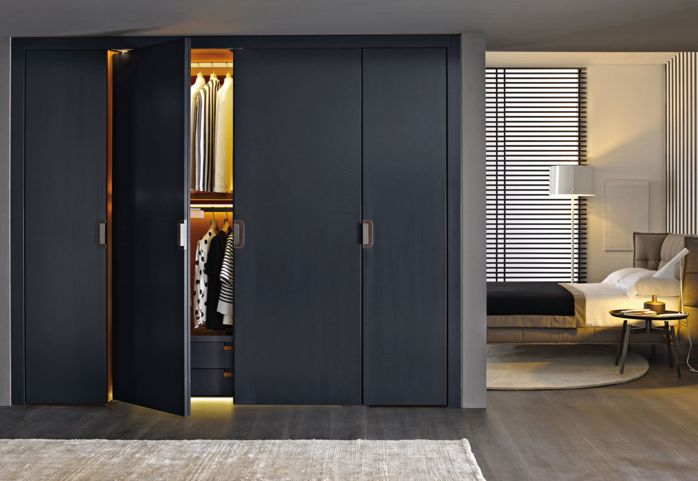 backstage wall closet by b b italia stylepark. Black Bedroom Furniture Sets. Home Design Ideas