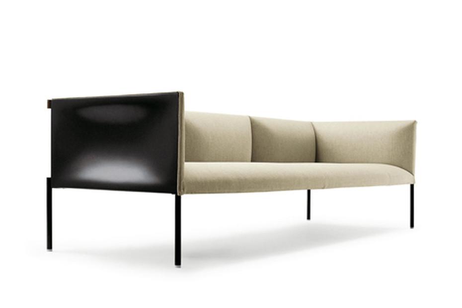 HOLLOW Sofa