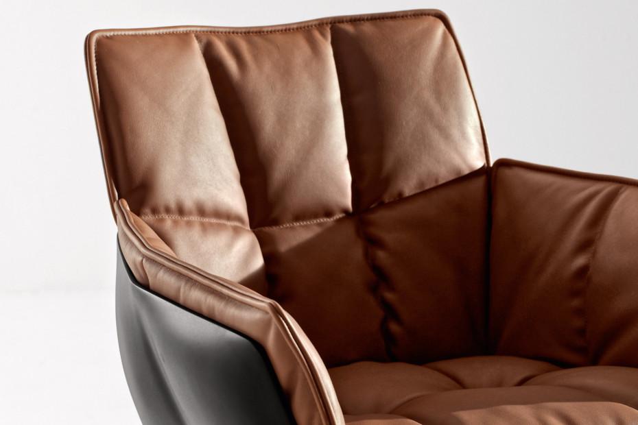 HUSK Stuhl mit Fußkreuz