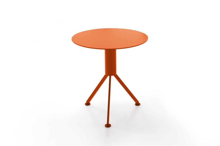 HUSK Outdoor side table