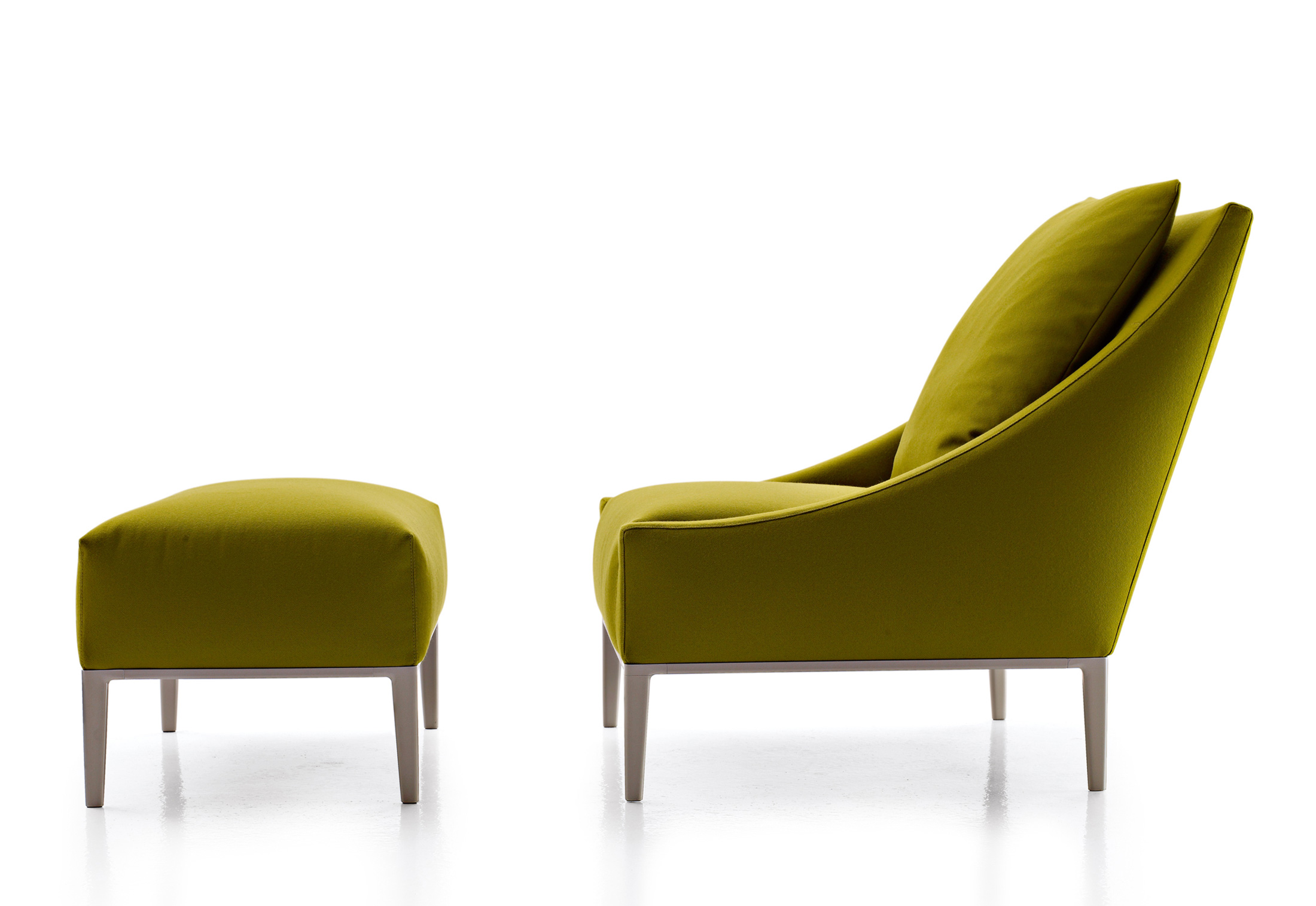 Jean armchair by b b italia stylepark for B b italia logo