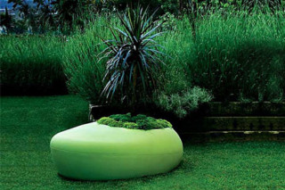 bdlove planter  by  BD Barcelona Design