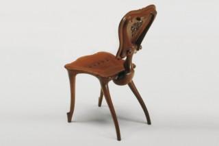 Chair-sculpture Calvet  by  BD Barcelona Design