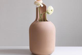 Gardenias vase  by  BD Barcelona Design