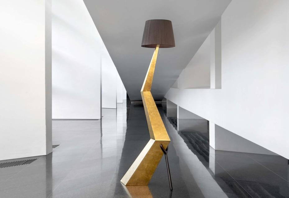 Lamp-sculpture Bracelli Black Label