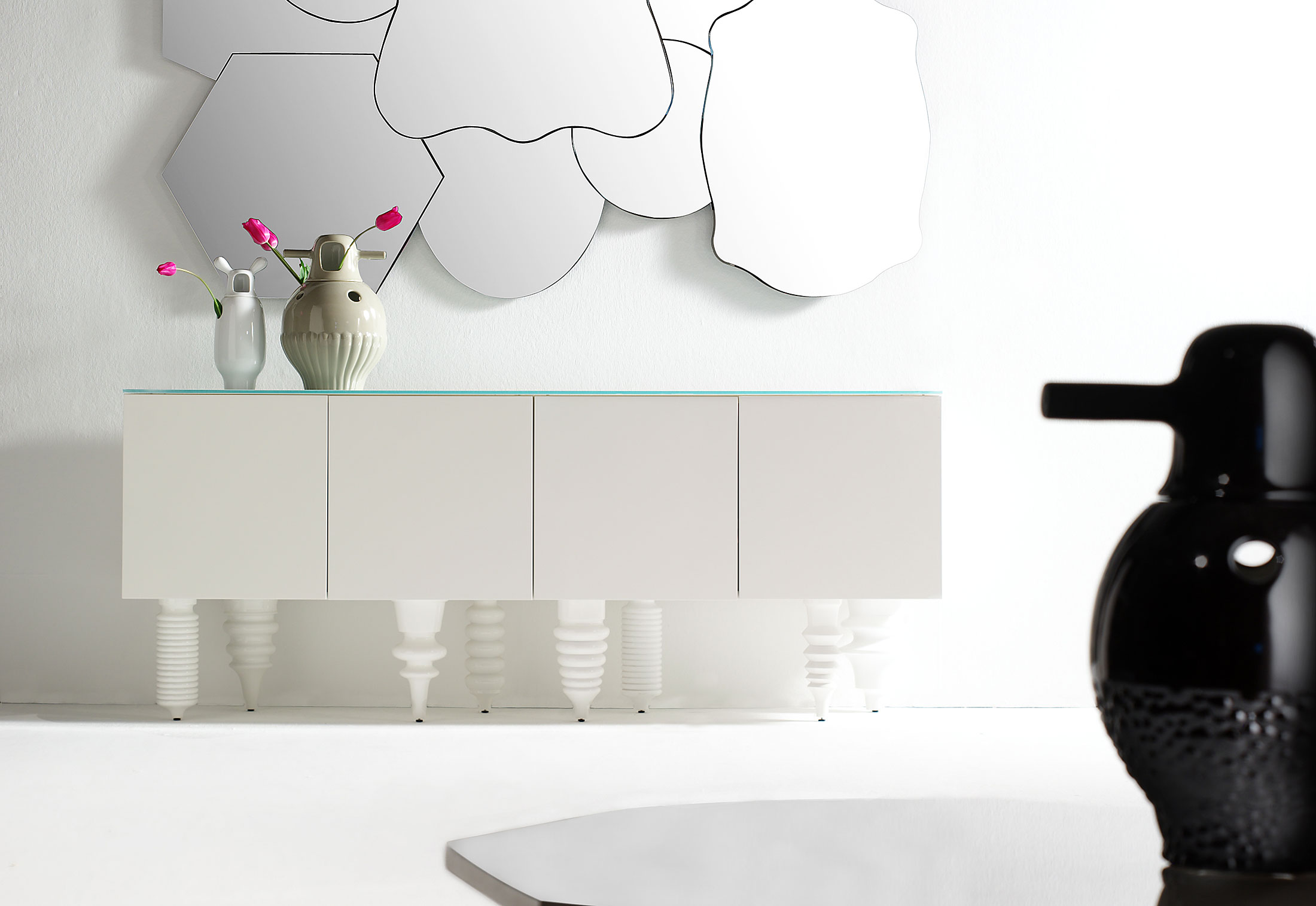 Showtime multileg cabinet by bd barcelona design stylepark - Showtime design ...
