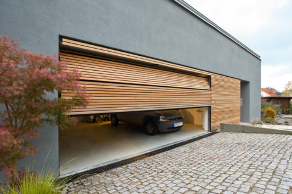 Belu Ga, garage door flush with the adjacent area, version 3