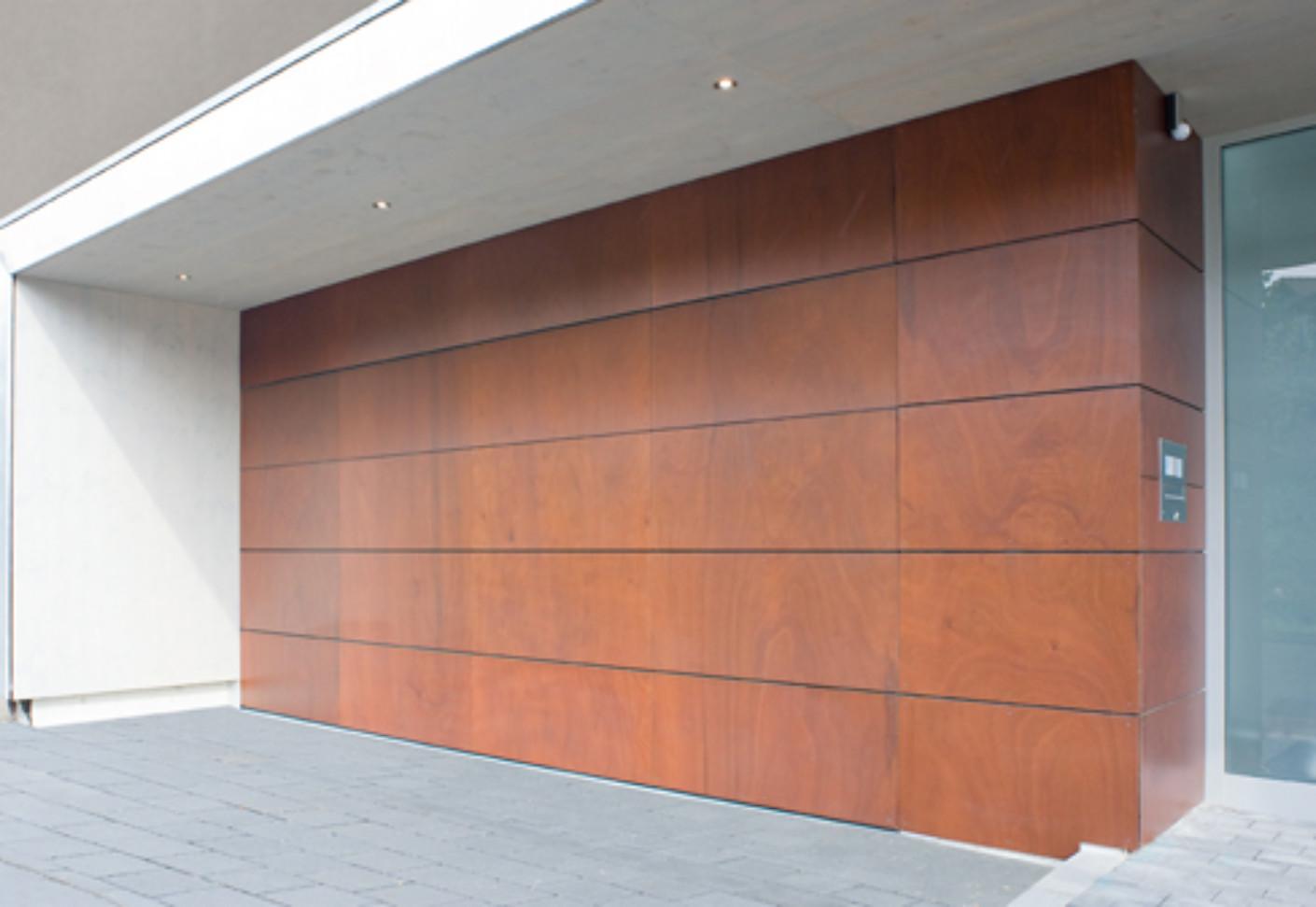 Belu Ga Garage Door Flush With The Adjacent Area Version