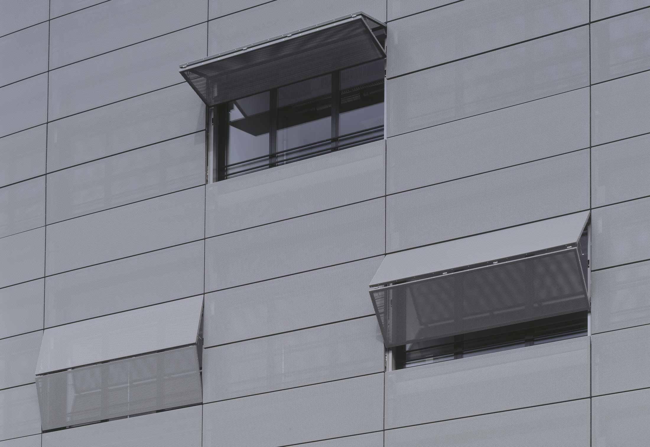 Belu Tec Horizontal Folding Shutters Medical Centre
