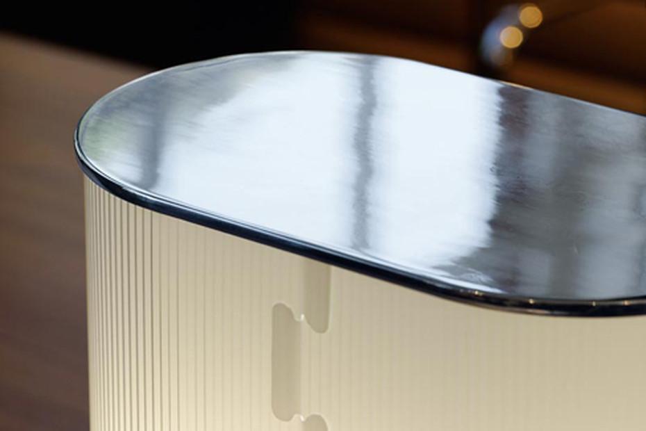 Leia-48 Boden- und Tischleuchte