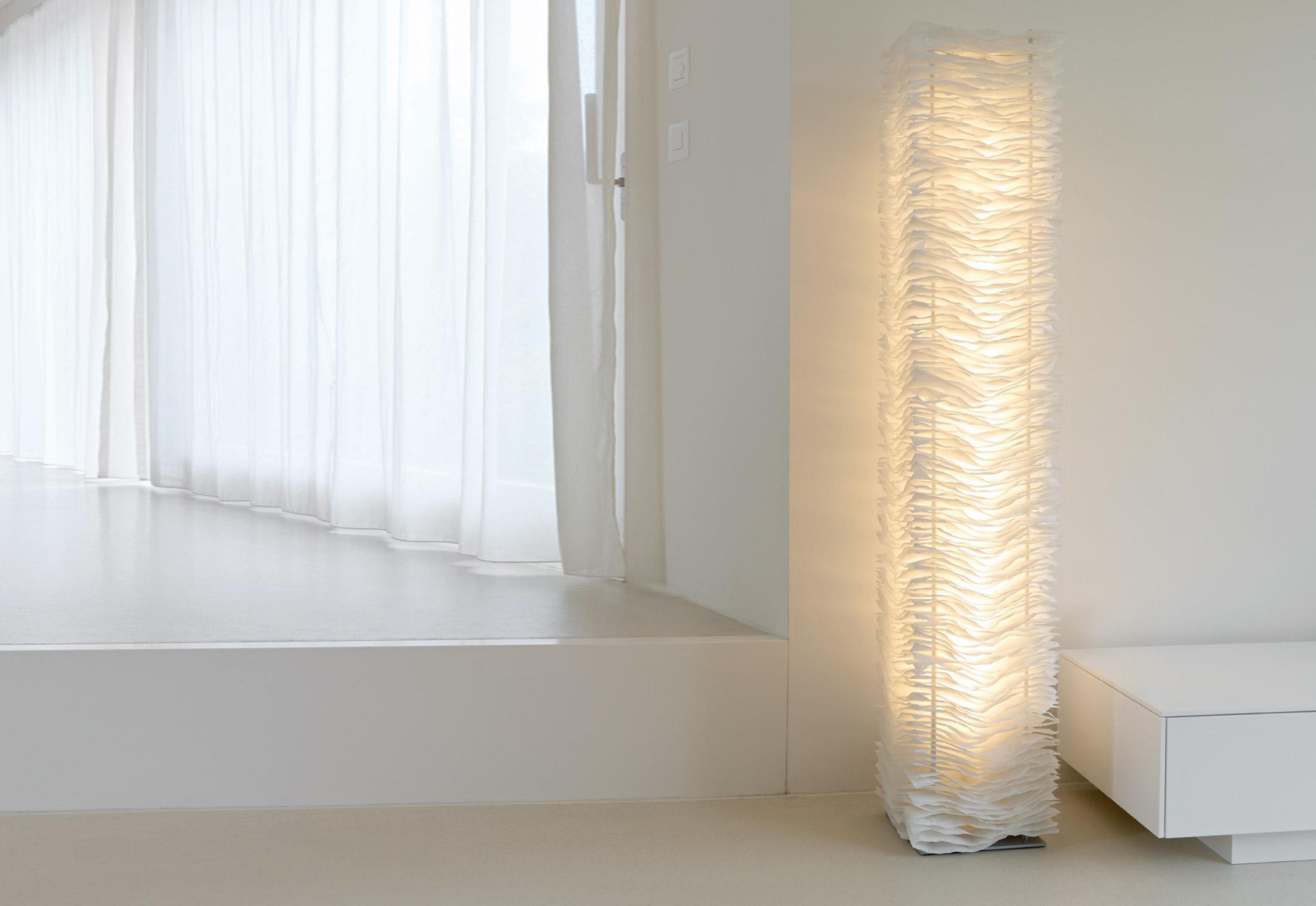 One By 01 Floor Lamp Belux
