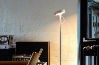 U-Turn floor lamp  by  belux