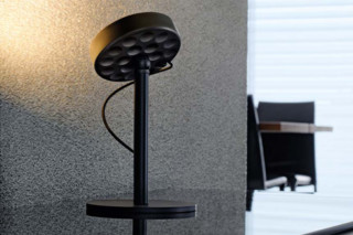 U-Turn table lamp  by  belux